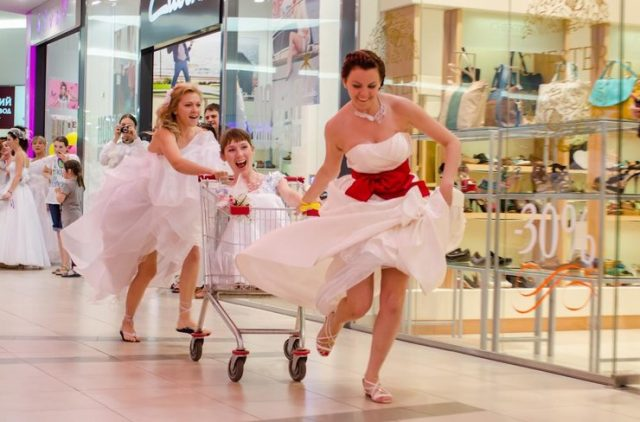 «Сбежавшие невесты»